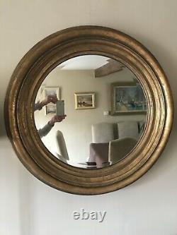 Large round Wall Mirror, Antique gilt frame 73cms diameter (frame approx 13cms)